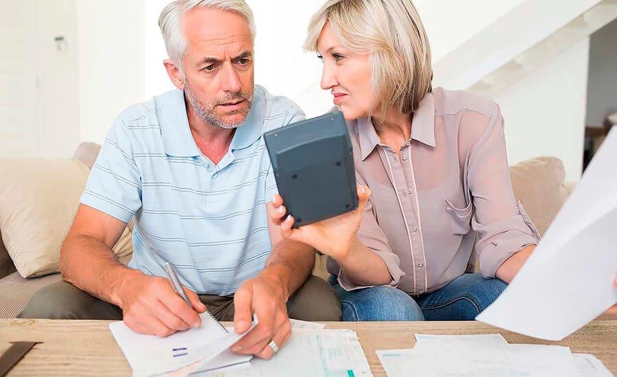 Vender tu piso: ¿contratar un agente inmobiliario?