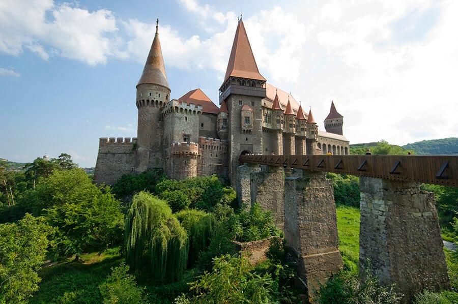 Ahora puedes dormir en el castillo de Drácula